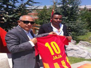 jaja'dan Kayserispor'a 10 Numara İmza
