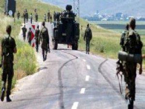 Diyarbakır'da askere bombalı saldırı: 3 yaralı