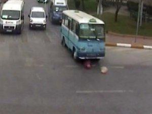 Minibüs vahşeti!-Video