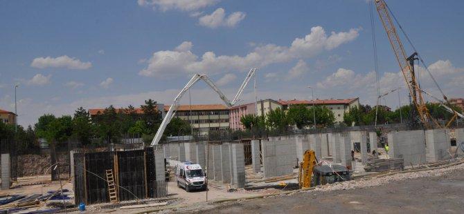 Kayseri Bölge İdare Mahkemesi İnşaatından düşen işci ağır yaralandı