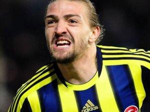 Fenerbahçe, Caner Erkin'e imzayı attırmak istiyor