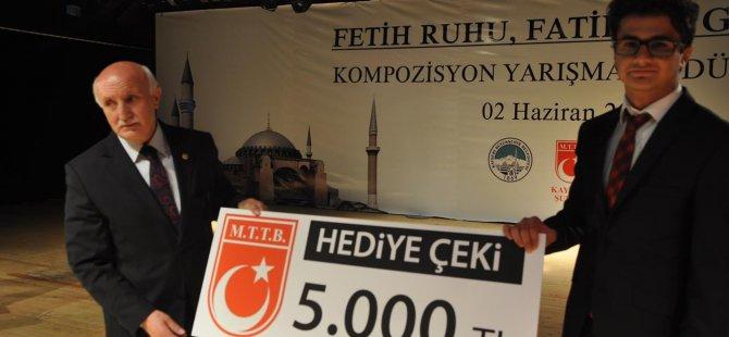 Fehmi Alim Erbay kazandığı parayı Soma'ya bağışladı