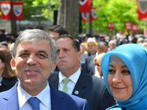 Cumhurbaşkanı Gül'Gecesi binlerce dolarlık otelde kalıp, ünlü butikten alışveriş yaptılar'