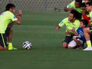 Neymar, gönülleri kazanmaya devam ediyor