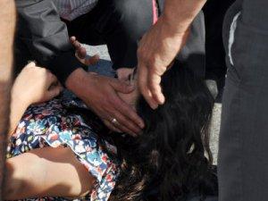 Kayseri'de karne almaya giden genç kıza otomobil çarptı