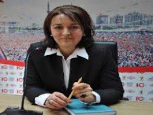 Ak Parti Kayseri Kadın Kolları İstifa Etti