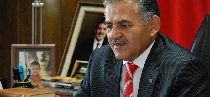 MELİKGAZİ ESENYURT'A 32 DERSLİKLİ OKUL İLE SPOR SALONU YAPTIRIYOR