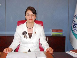 Ak Parti Kadın Kolları Başkanı Pakırtaşı İstifasını açıkladı