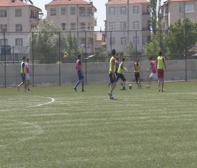 KAYSERİSPOR GENÇ YETENEKLERİ ARIYOR