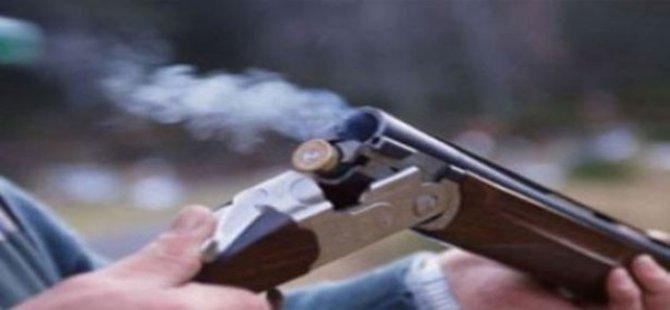 Bir kadın,eşini uyuduğu sırada av tüfeği ile öldürdü