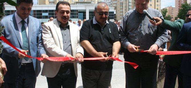 KAYSERİ'DE, PERLAA BİSTRO POCHİ AÇILDI