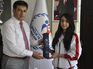 Karate Şampiyonası'nda Kayseri'yi temsil eden Gözütok:
