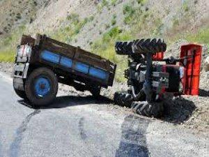 Develi'de trafik kazası traktöre arkadan çarptı