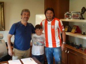 Erciyesspor'un kalecisi Adanspor'la anlaştı