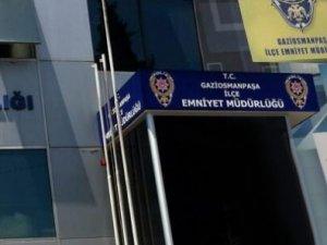 Türk bayrağını indiren kişi vuruldu