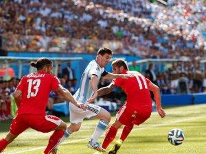 Arjantin 1-0 kazanarak çeyrek finale yükseldi