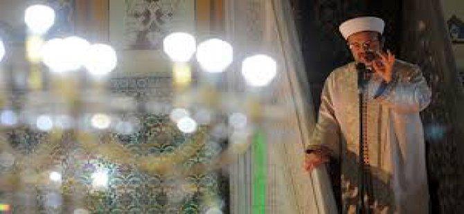 Osmanlı padişahları gibi teravih namazı kılındı-video