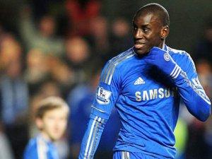 Chelsea'nın yıldızı Demba Ba: Evim camiye yakın olursa gelirim