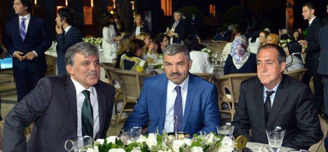 Abdullah Gül Kayserili iş adamlarına yemek verdi
