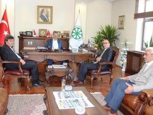 Pınarbaşı Kaymakamı ve Belediye Başkanı Kayseri Şeker'i Ziyaret etti.
