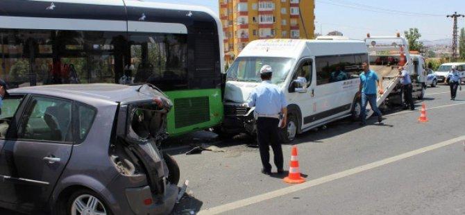 Kayseri'de Kreş öğrencileri ölümden döndü 13 Kişi yaralandı