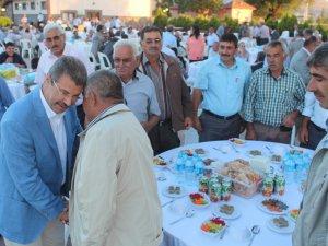 Kayseri Şeker 750 kişiye iftar verdi