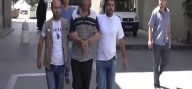 Türk Bayrağını indirmeye çalışan intihar etti