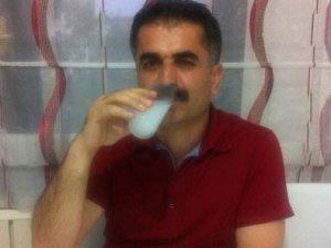 CHP'li Hüseyin Aygün'den rakılı poz