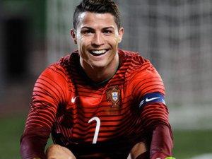Ronaldo yine gönülleri feth etti