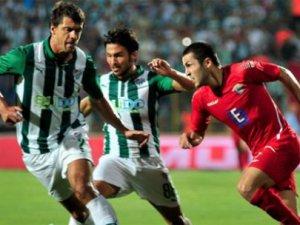 Chikhura Bursaspor, sahadan 0-0'lık eşitlikle ayrıldı
