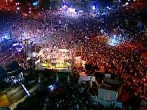 Kahire meydanında çatışmalar - Video