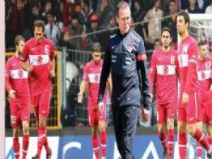 Dünya ve Avrupa Kupası'nda  Türkiye Sondan 1 İnci