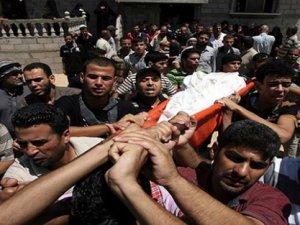 Gazze'de ölenlerin sayısı gün geçtikçe artıyor