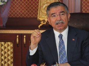 İsmet Yılmaz'dan 'Türk rehineler' açıklaması