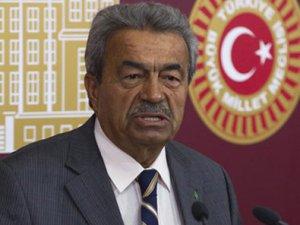 Kamer Genç'ten CHP'deki muhaliflere sert çıkış