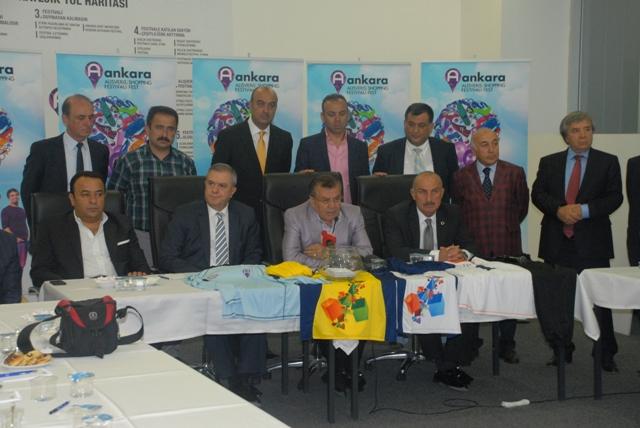 Gazeteciler Shopping Fest Futbol Turnuvasında karşı karşıya gelecek