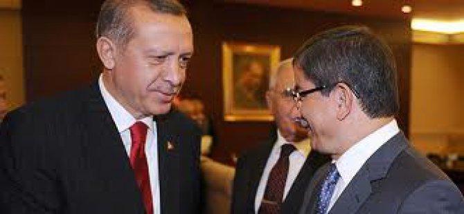 Erdoğan, AK Parti Genel Başkanı ve başbakan Davutoğlu olduğunu açıkladı