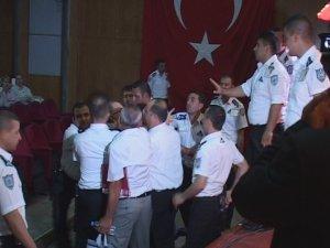 KAYSERİ SİNANKENT'TE GERGİN GENELKURUL