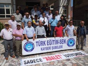 Kayseri İl Milli Eğitim Müdürlüğü önünde düzenlenen protesto
