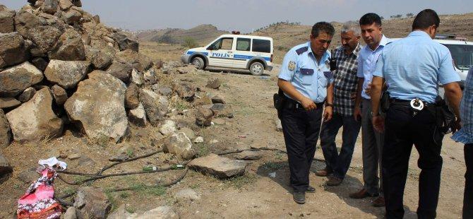 KAYSERİ'DE 'KANLI ELBİSE' POLİSİ HAREKETE GEÇİRDİ