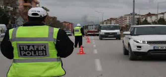 CEZA KESMEK İSTEYEN POLİSE BURASI KÜRDİSTAN DEYİP DAYAK ATTILAR