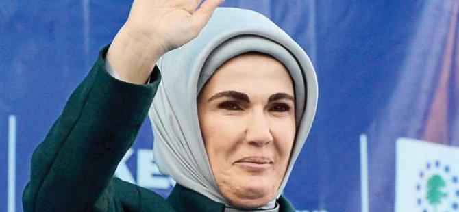 Ünlü spiker Feyman'dan Emine Erdoğan'a zehir zemberek mektup