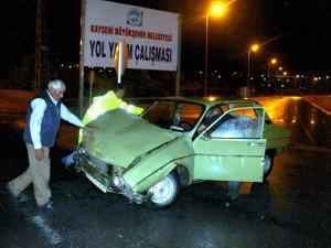 Kayseri'de dün gece trafik kazası yaşandı bir kişi yaralandı