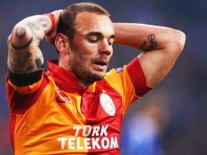 Sneijder'le ilgili ilginç iddia! Düşüşün sebebi...