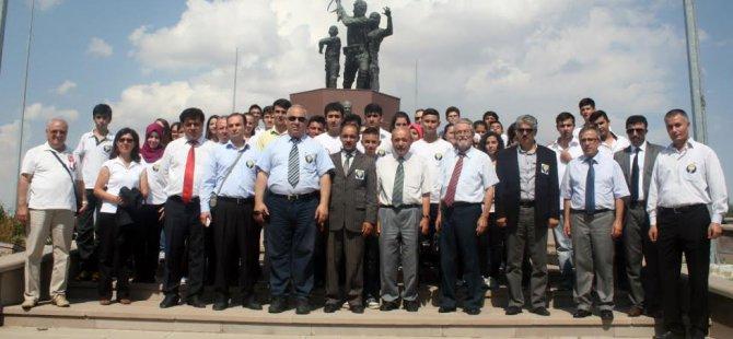 Kayseri Lisesi öğrencileri 93 Yıl Sonra Duatepe'de