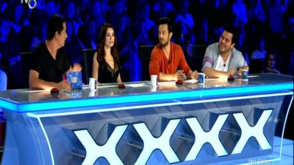 Yetenek Sizsiniz'de jüriyi şaşırtan yarışmacı - VİDEO