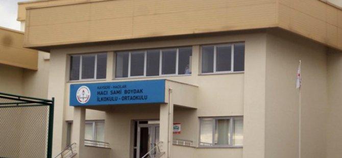 Kayseri'deki Hacı Sami Boydak İlkokulu'nda Domra Müziği