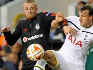 Beşiktaş 1 puanı son dakikada aldı