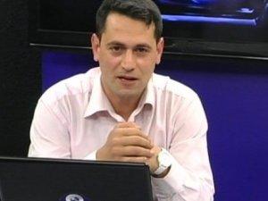 Bülent Korkmaz'a sert eleştiri