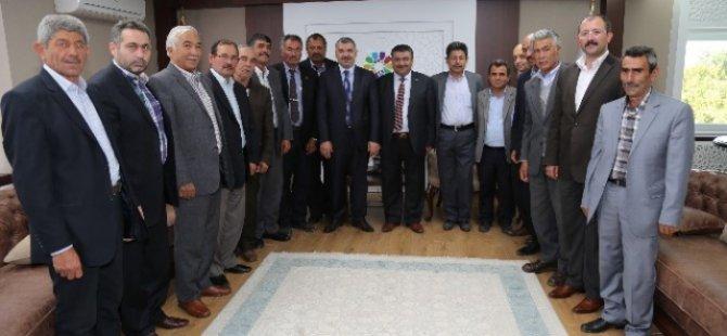 Kocasinan Ziraat Odası Başkanı Abdulkadir Güneş  Başkan Çelik'e Teşekkür etti